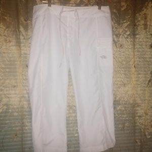 The North Face active wear capri pants size 10